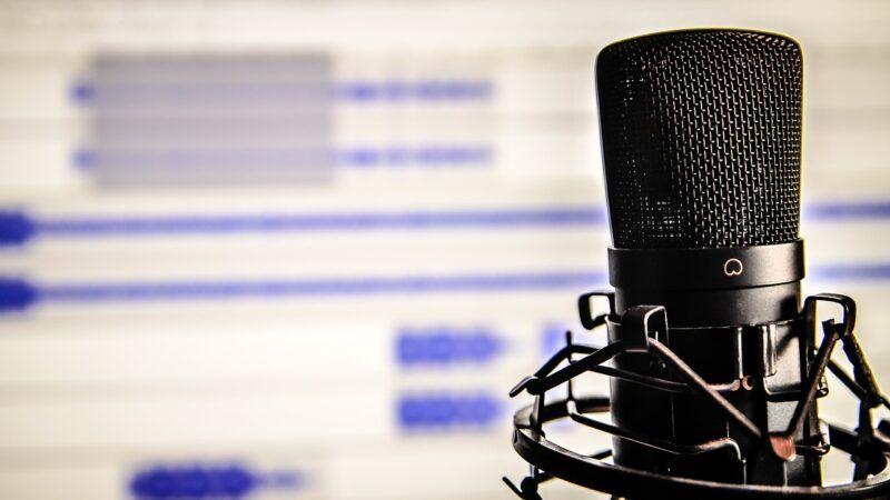 Podcasty dobývají uši i srdce a pomohou nám i v PR