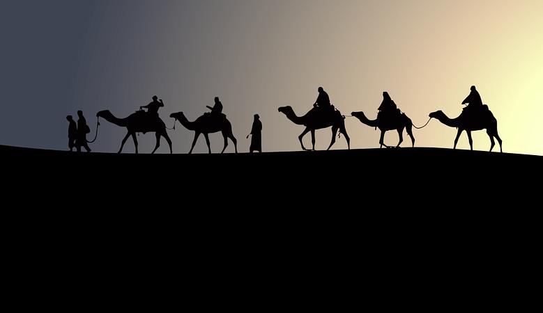 Karavana se pohybuje rychlostí nejpomalejšího velblouda